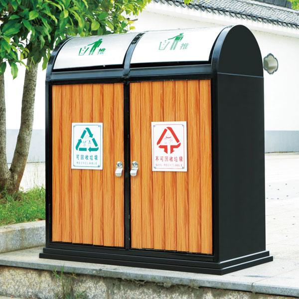 户外弹盖防腐木垃圾桶LC-GM301B